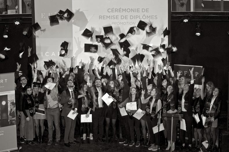 Promotion 2018 de l'école de communication EFAP Bordeaux