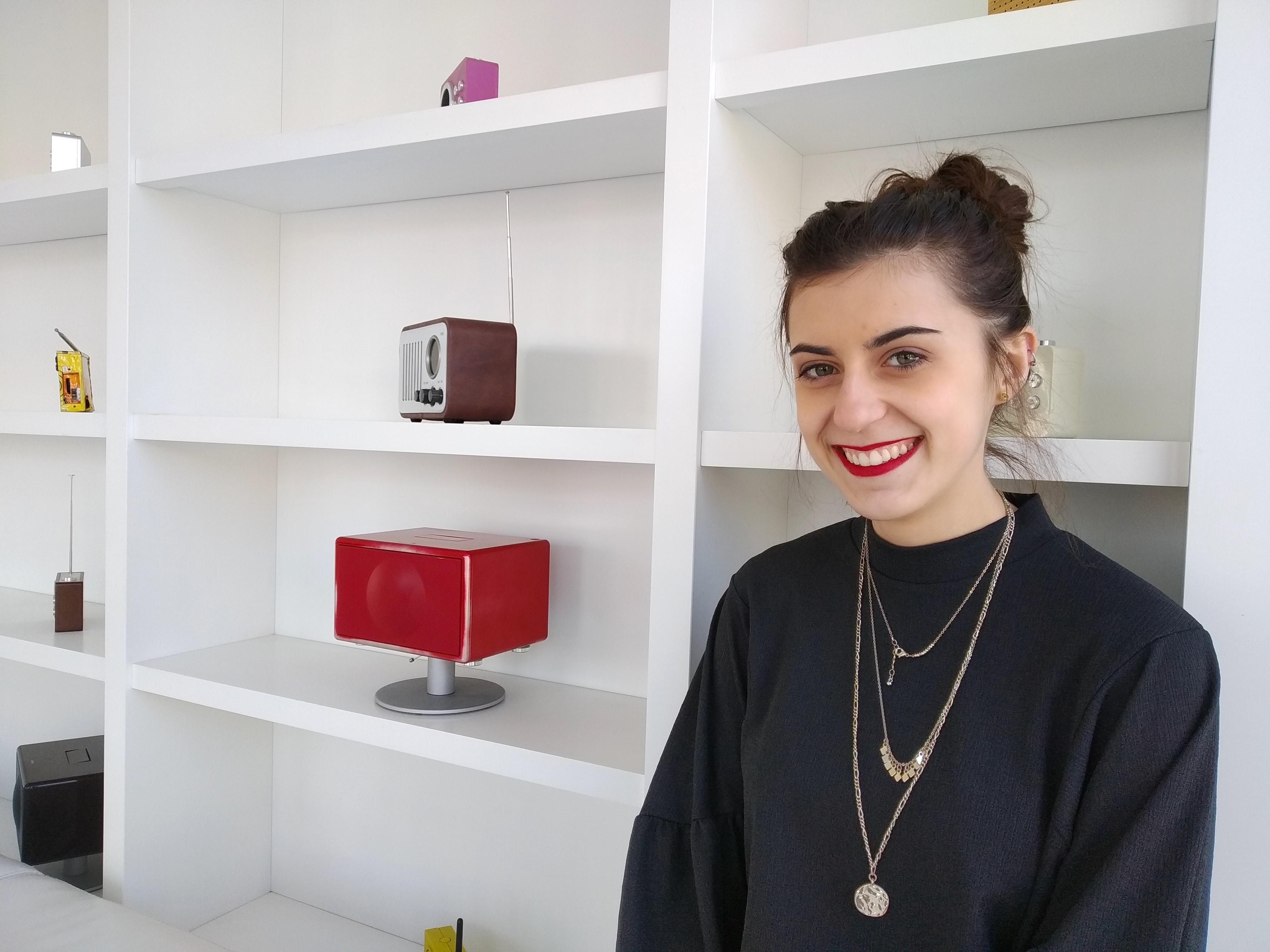 Mathilde a choisi d'effectuer son stage en tant que Community Manager pour une radio lyonnaise