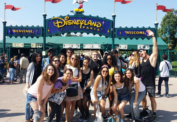 Visiting Disneyland Paris with the communication school EFAP